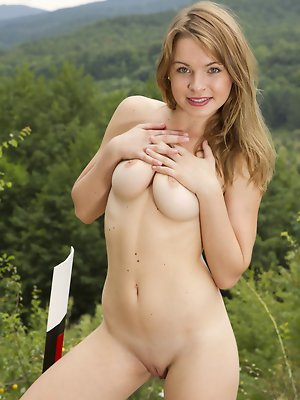 With her girlish, amateur appeal, Malinda A showcases her gorgeous body with moist and youthful   assets outdoors.